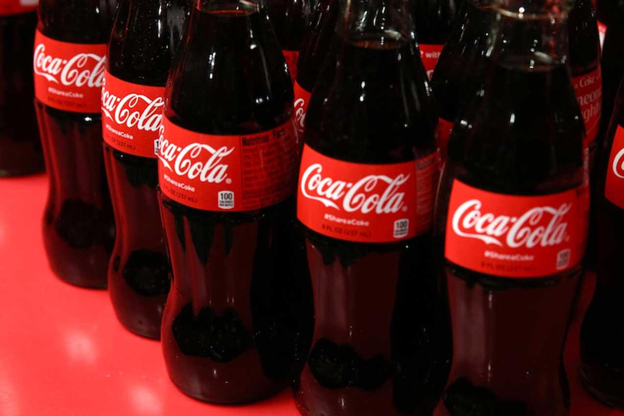Non c'è alternativa: per Natale fate il pieno di Coca-Cola