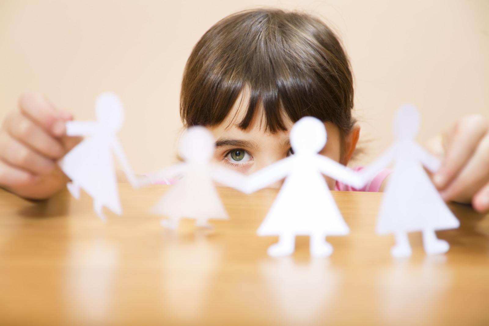 Affidi minorili: tutto va bene, madama la marchesa? Niente affatto. E va detto