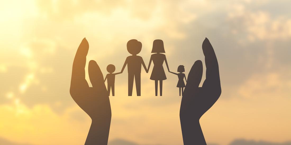 Assistenzialismo contro il calo demografico. Ma basta la famiglia.