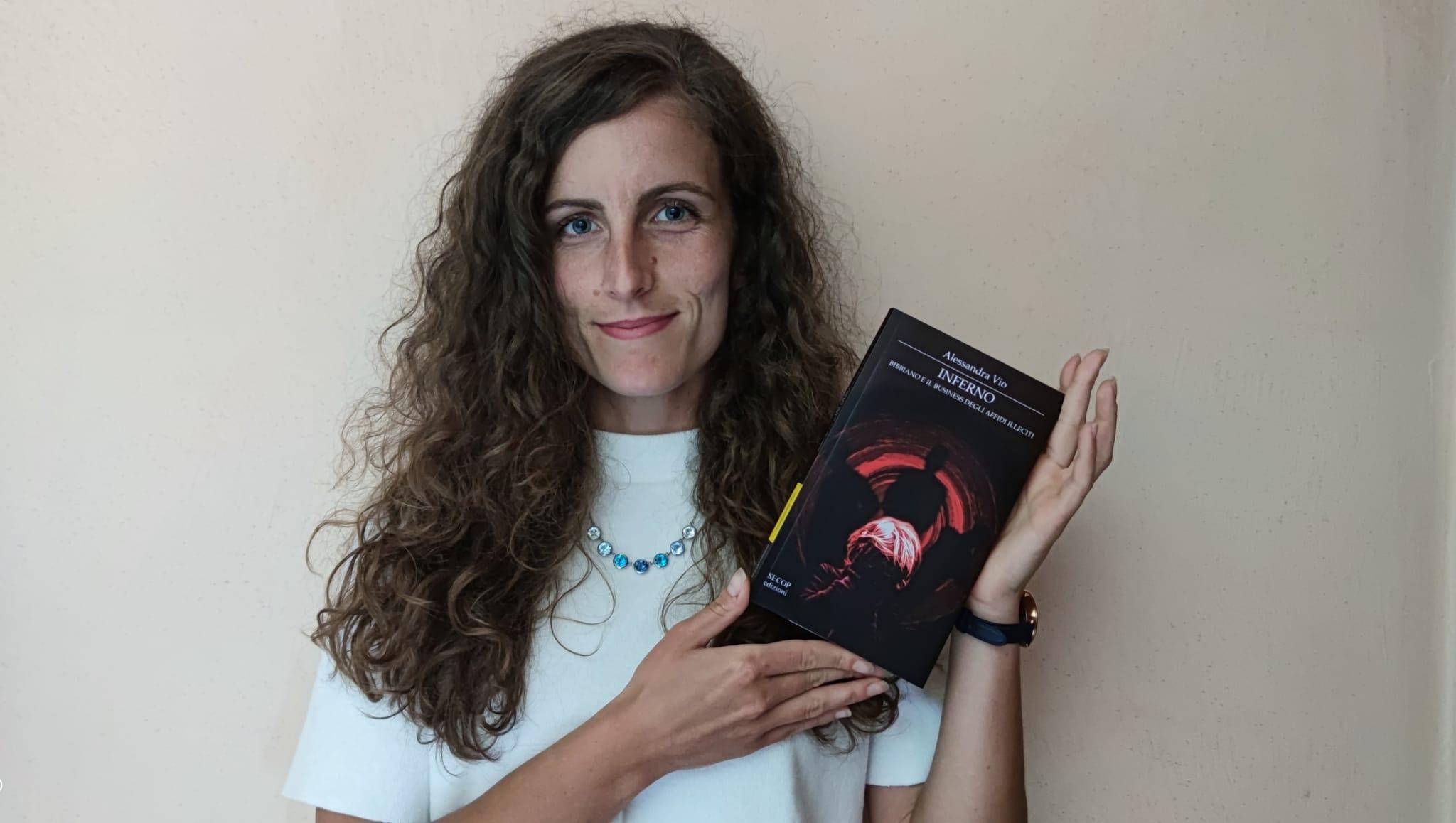 """Alessandra Vio: """"Inferno. Bibbiano e il business degli affidi illeciti"""""""