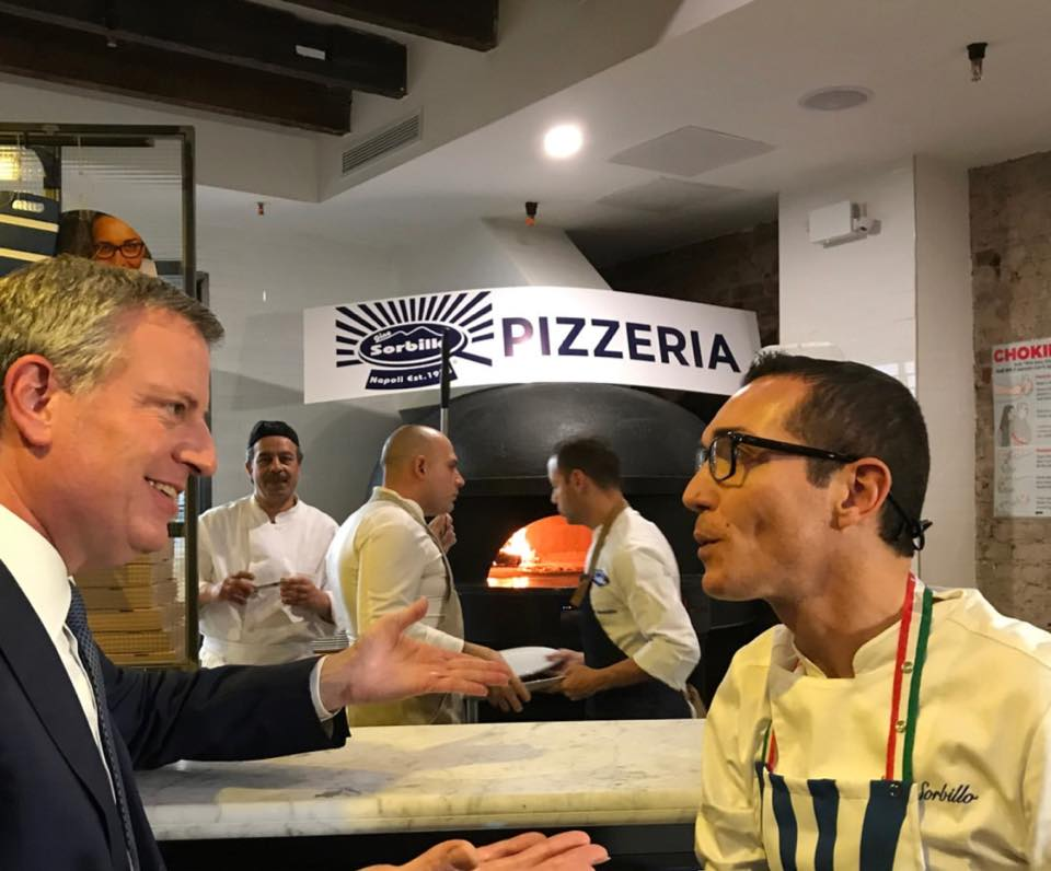 gino and de blasio chat