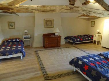 Chambre à quatre lits