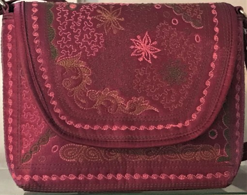 Mudah Burgundy Batik