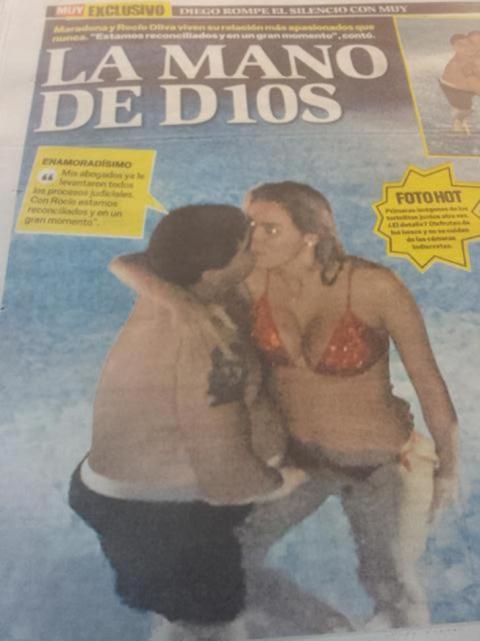 tmb1 617362 20141124122447 You dirty old man! Argentine magazine Muy shows Diego Maradonas wandering Hand of God