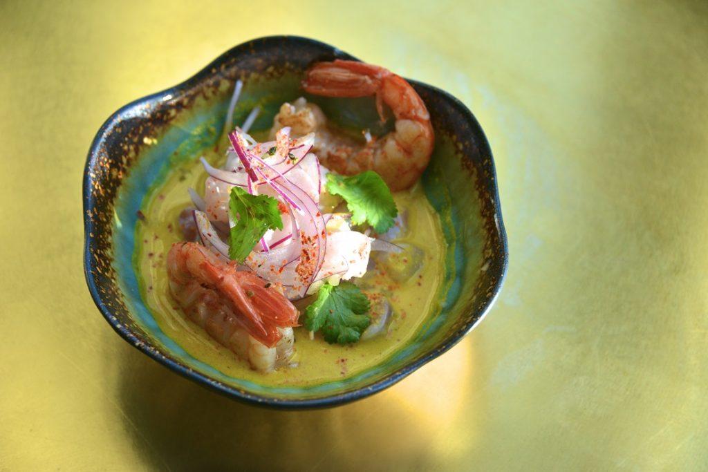 Ceviche de corvina y gambón. Raro Rare Restaurante.