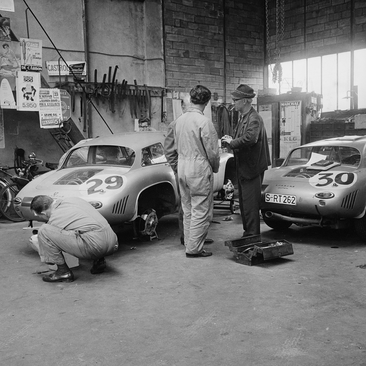 Behind-the-Scenes_Le-Mans-1963_Lres