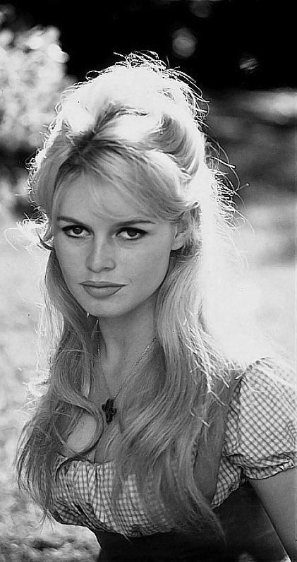 Brigitte Bardot   et la France fit rêver le monde - La gazette d ... e5579c38365