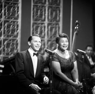 Frank Sinatra et Ella Fitzgerald lors du Frank Sinatra Show en 1958