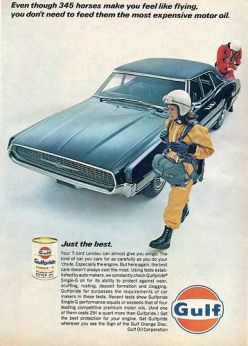 Publicité Gulf avec un Thunderbird Landau de 1967