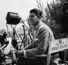 "Ronald Reagan pendant le tournage d'un épisode de ""General Electric Theater"" - 1960"