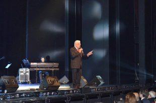 Giancarlo Giannini per Save the Children