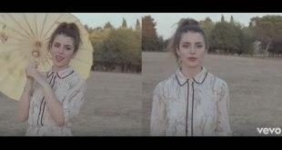 Federica Carta, videoclip di Forte e Chiaro. Frame da YouTube VEVO.