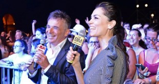 Giorgia Surina e Paolo Baruzzo conduttori di Festival Show 2017. Foto Ufficio Stampa.