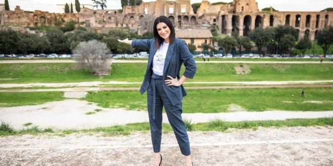 Laura Pausini, è il giorno di Fatti Sentire