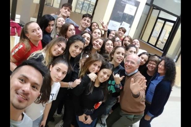 I liceali del Braucci con il preside La Montagna