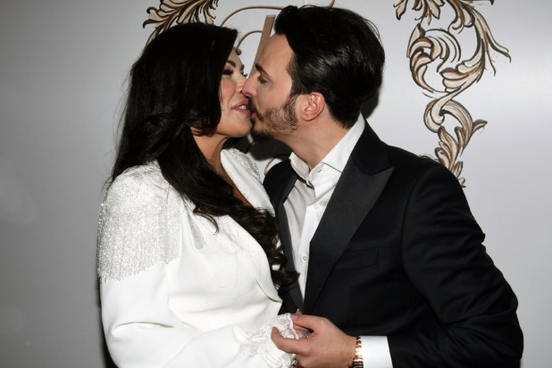 La promessa di matrimonio di Tony Colombo e Tina Rispoli. Foto di Roberto Jandoli.
