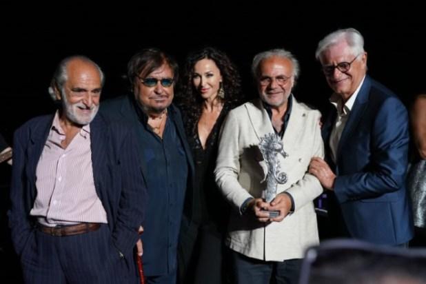 Stefano Fresi Jerry Calà ed ai Gatti di Vicolo Miracoli ad Ischia Global Festival. Foto di Eugenio Blasio