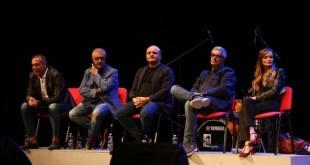 Federico Salvatore, Paolo Caiazzo, Peppe Iodice, Simone Schettino e Valentina Stella al Teatro Cilea