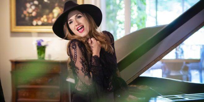 Simona Bencini: faccio il lavoro che amo, senza perdere di vista me stessa!