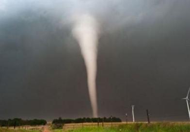 Previsioni weekend 19-20 agosto | Ecco Storm-Line, possibili temporali e tornado