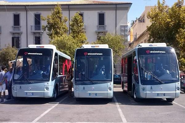 Siracusa, bus navetta 2.0 con la figura dell'assistente dell ...