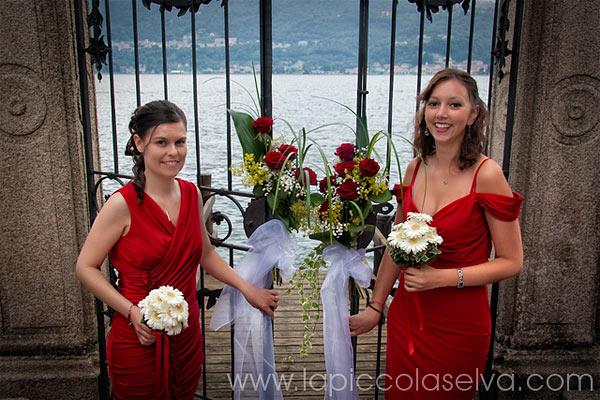 vestito rosso damigelle sposa