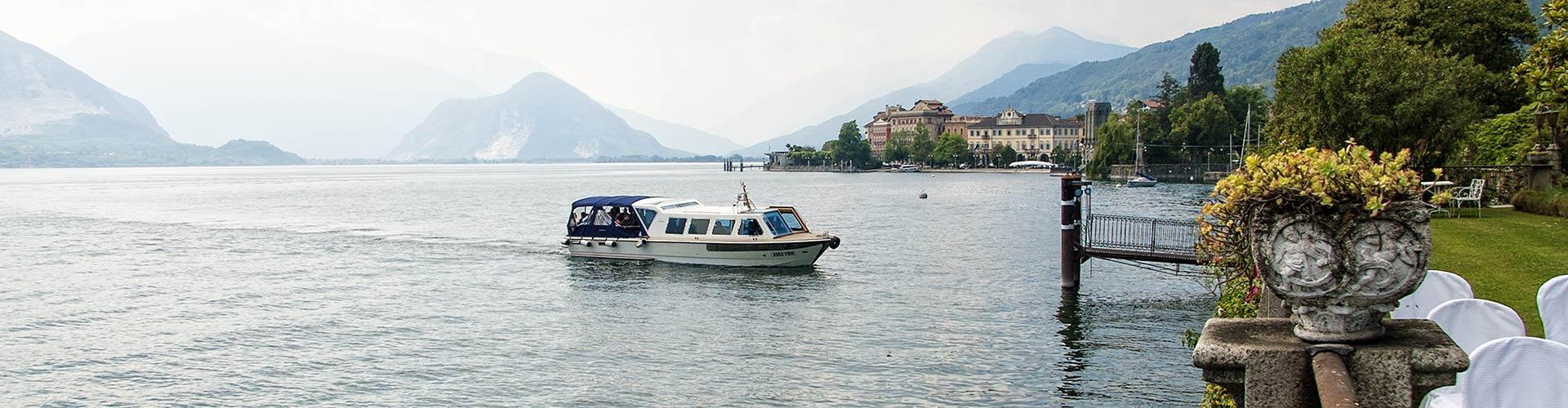 Matrimonio Spiaggia Lago Maggiore : Matrimonio in motoscafo tour isole lago maggiore stresa