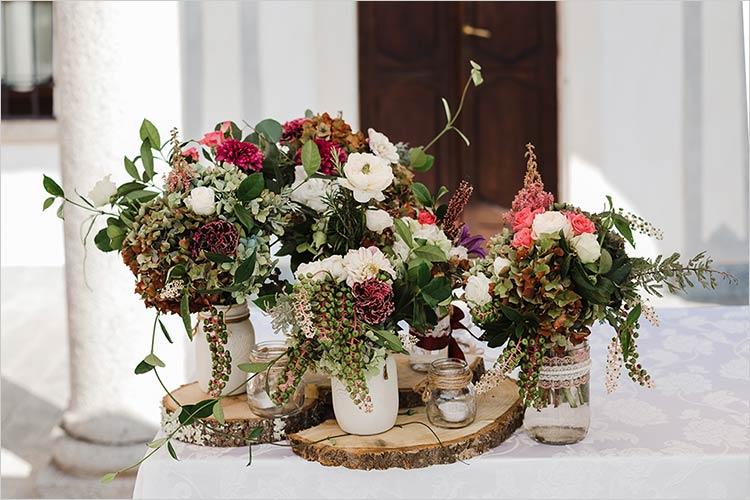 addobbi floreali cerimonia civile a Villa Bossi