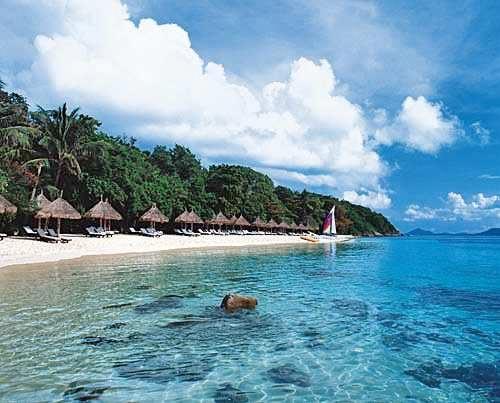 Njut av Koh Lanta ön utanför Krabi och söder om Phuket