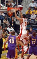 Au dunk avec Atlanta