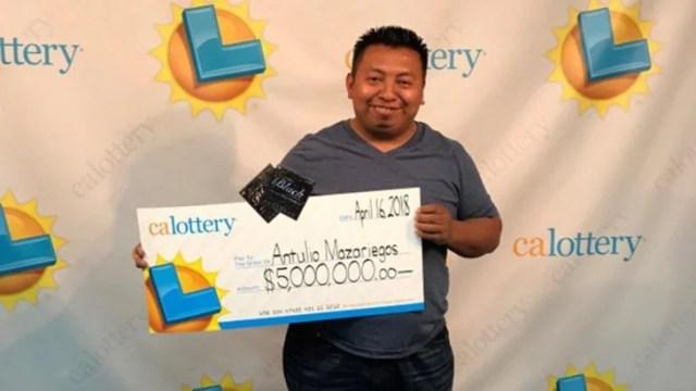 Gana lotería 4 veces