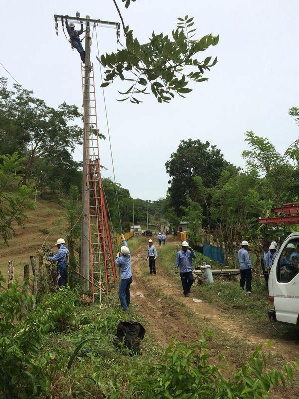 Trabajos en planta[1] ELECTRICARIBE