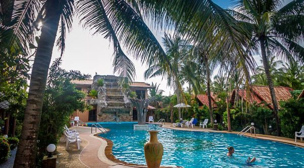 Laguna Beach Club Resort - Laguna Beach Club Resort - Koh ...