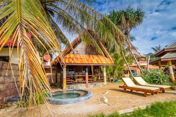 Beach House - Laguna Beach Club Resort - Koh Lanta