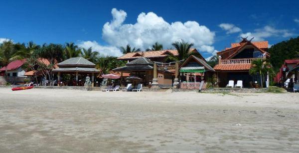 - Laguna Beach Club Resort - Koh Lanta