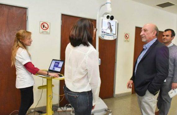El HPMI recibió la donación de un dispositivo robótico de la Fundación Garrahan