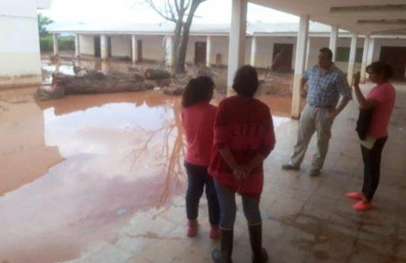 En Anta Defensa Civil asistió a los damnificados por las intensas lluvias