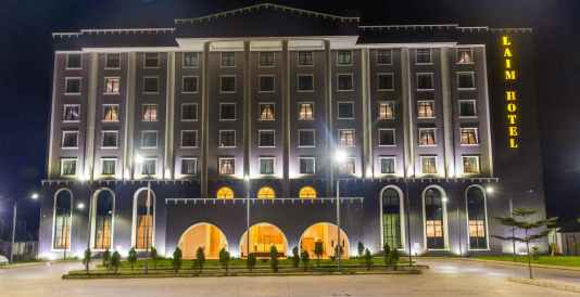 Sous Chef, Kitchen Stewards and Cooks at Laim Hotel