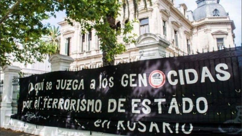 Resultado de imagen de imagenes de los juicios contra los genocidas en el tribunal federal de rosario