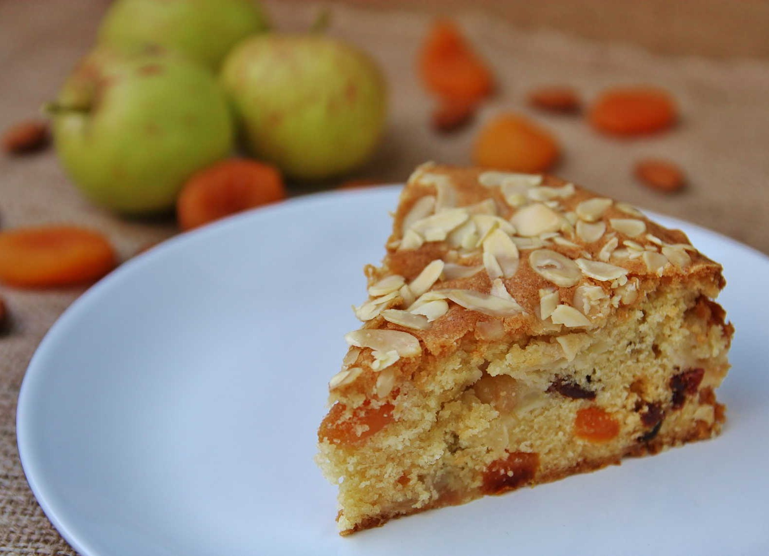 Easy Apple Slice Cake