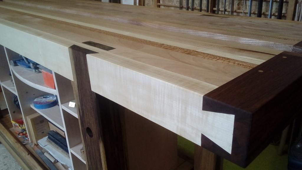 fabriquer établi en bois