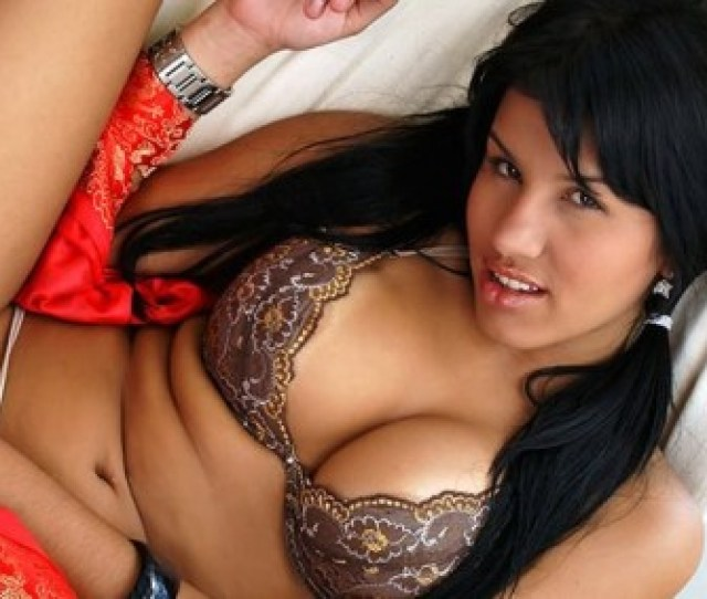Mexican Porn Sex Goddess Juana Chavez Gives Primo A Piece Of Her Fine Latina Pussy Shes A Hottie And Willing To Go All The Way