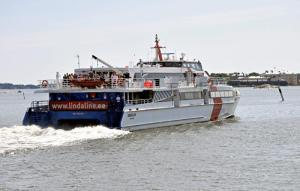 matkustajalaiva KAROLIN