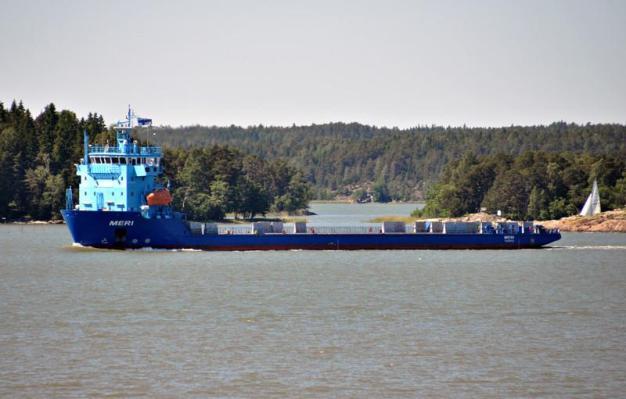 MERI. Rakennettu 2012, STX- Turku, Finland. 105x19m. Syväys 4,9m. Pääkoneet 3x 1200 KW, 6L20. Monikäyttöinen erioislastialus. Alus voi käyttää plttoaineena myös 100% bioöljyä, joka valmistetaan teollisuuden sivutuotteista. Soveltuu öljyntorjuntatehtäviin. Jääluokka 1A. Meriaura, Turku, Finland.