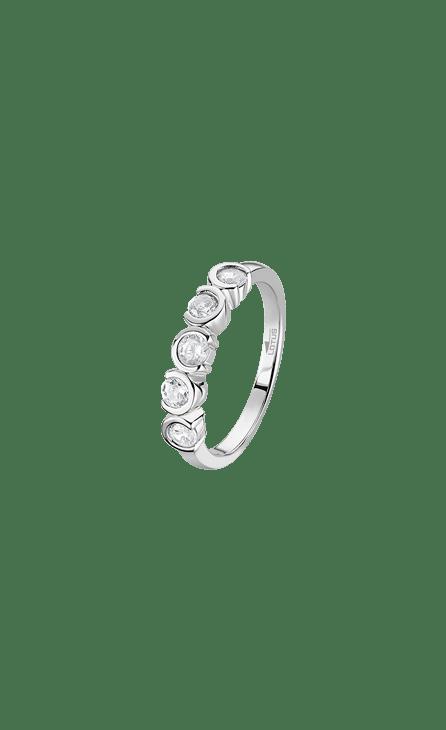 Anillo plata LP1785-3/1 Lotus Silver 925 mm, media aliana de circonita. Frescura, ímpetu, arrogancia…, vive la magia de la plata fusionada con los diseños más urbanos y contemporáneos.