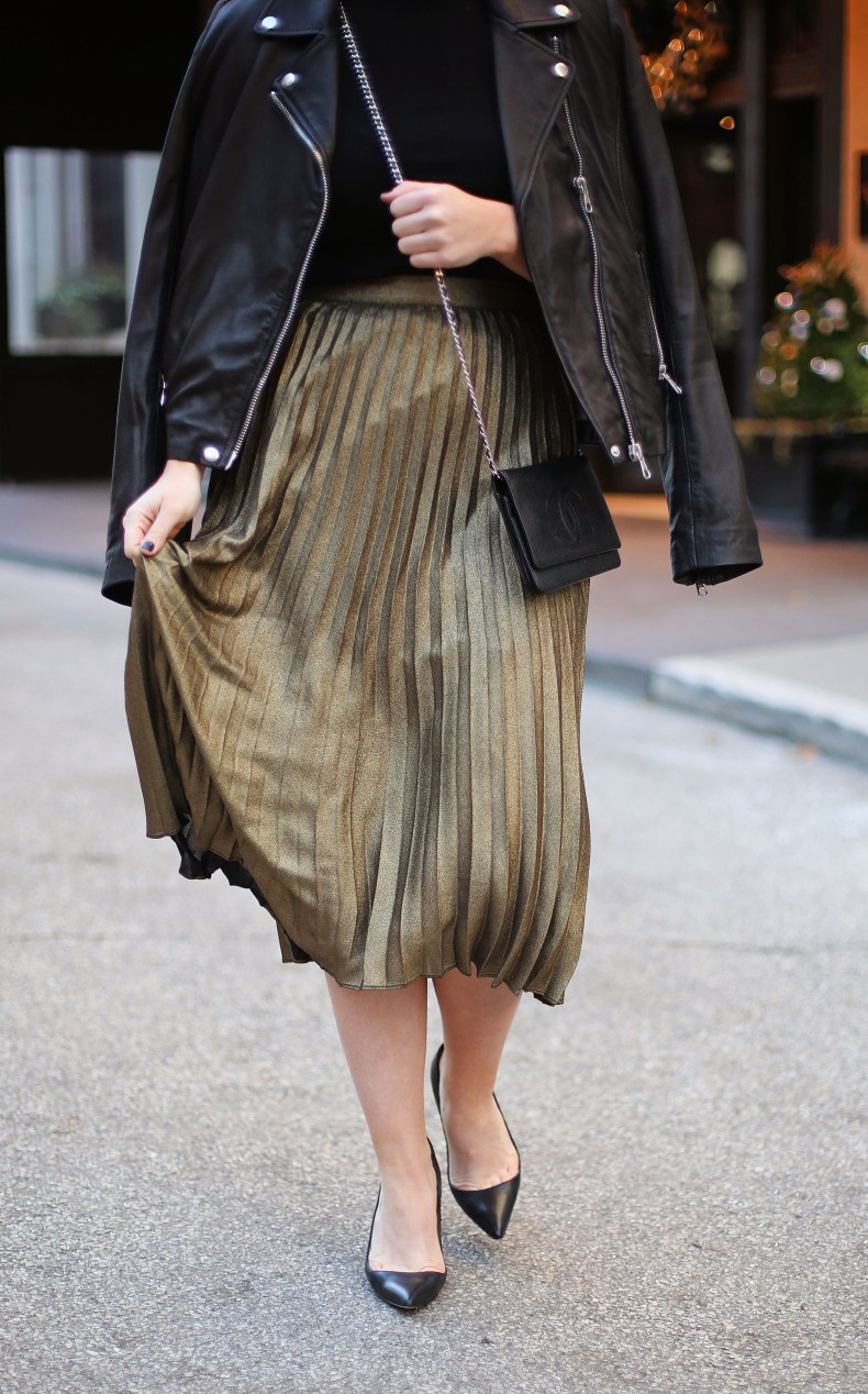 Gold midi skirt outfit