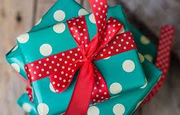 gift box in green