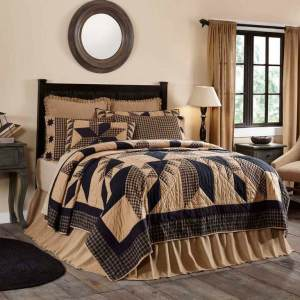 Dakota Quilt by VHC Brands