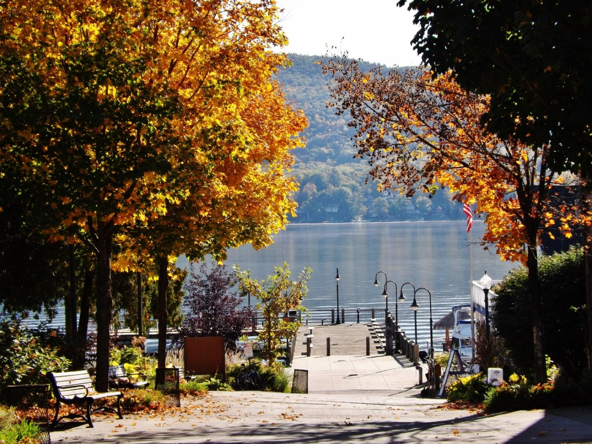 lake George fall foliage