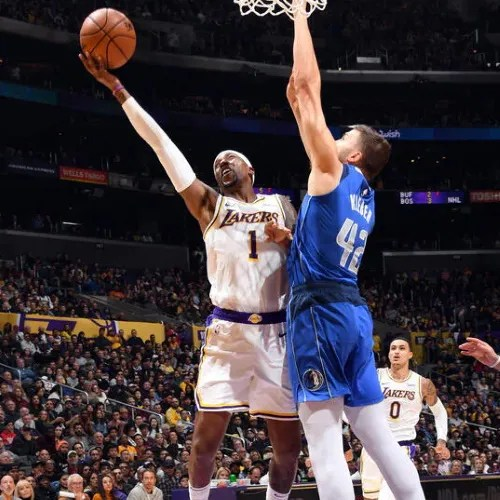 Kentavious Caldwell-Pope, Los Angeles Lakers vs Dallas Mavericks at STAPLES Center